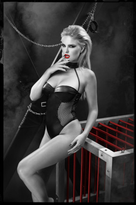 schwarzer Body DDKeto001 von Demoniq Dark Desire Collection